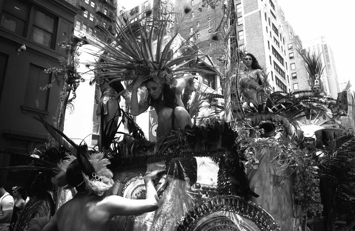 HitomiMochizuki.parade.manhattan-41