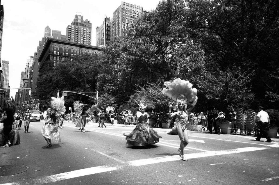 HitomiMochizuki.parade.manhattan-45